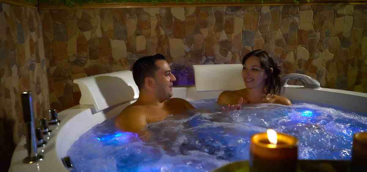 massage naturiste pour couple